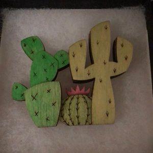 Cactus brooch🌵